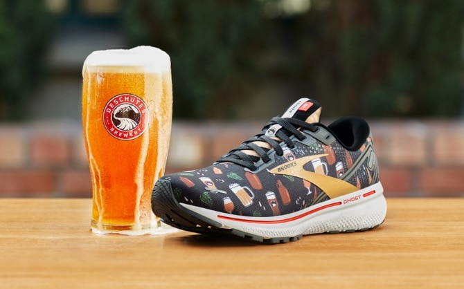 A glass of Deschutes beer and the Run Hoppy Ghost 14