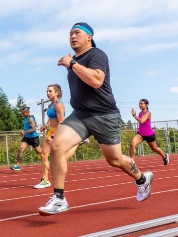 Runner mid sprint