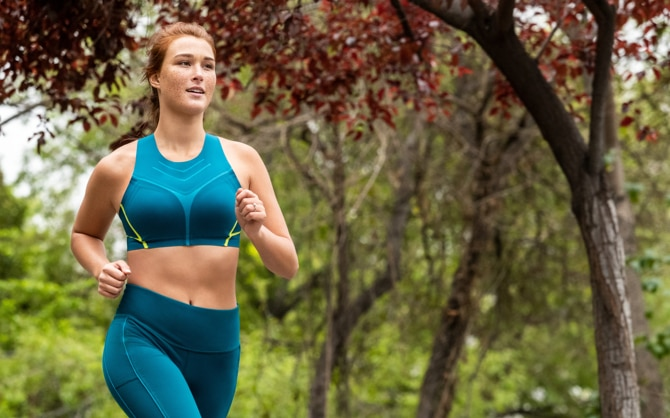 A solo runner gets in the zone during her long run.