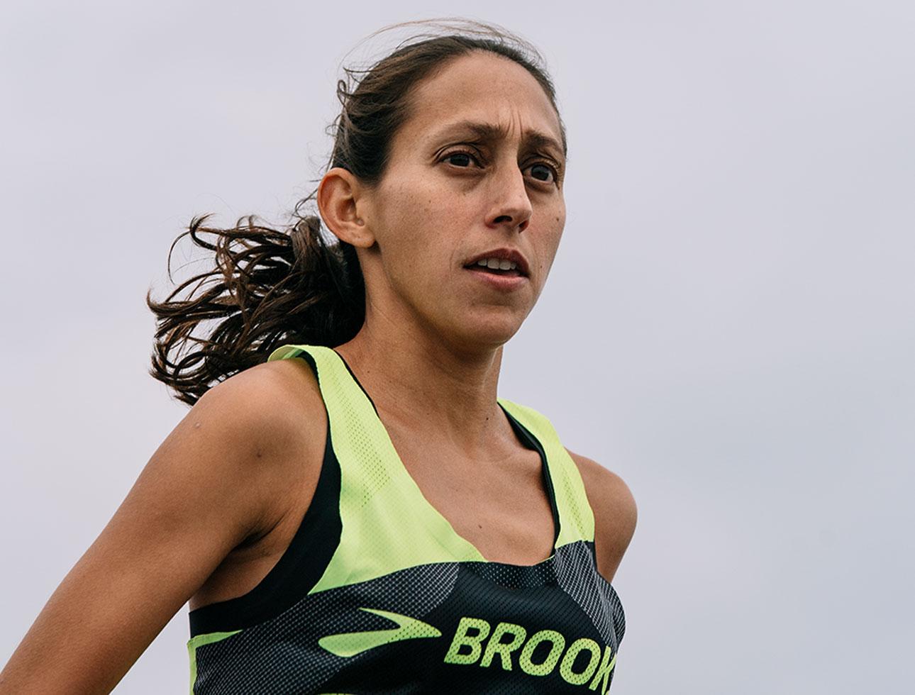 Brooks pro marathoner Des Linden
